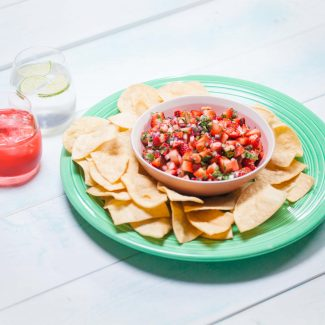 Fresh Strawberry Salsa and Chips